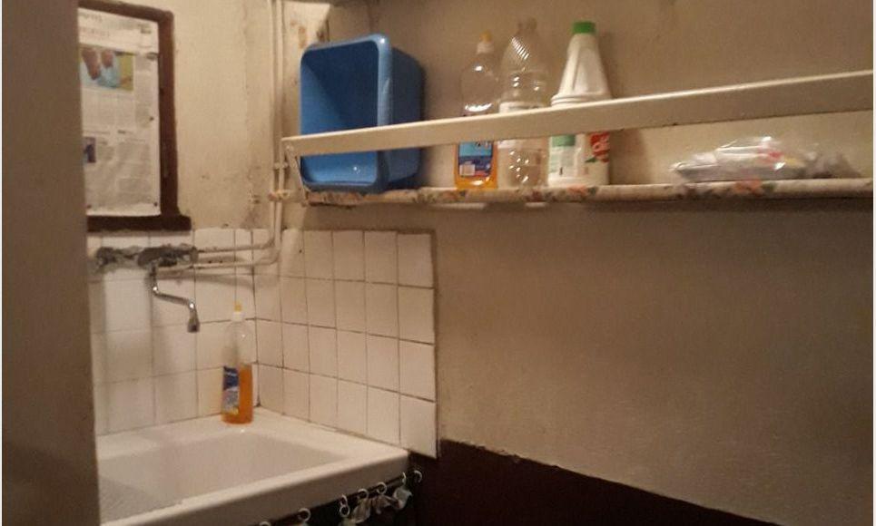 Maison de village 6 pieces - Charnècles : Photo 4
