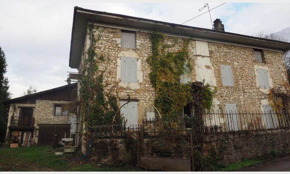 Maison en pierre 6 pieces - La Rivière