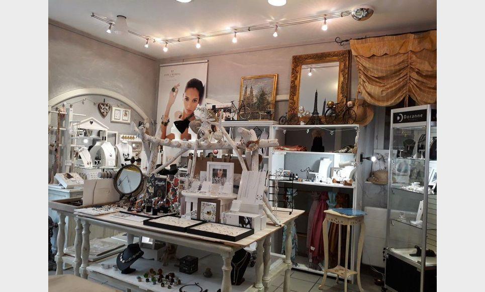 Tous commerces boutique 2 pieces - Voiron : Photo 2