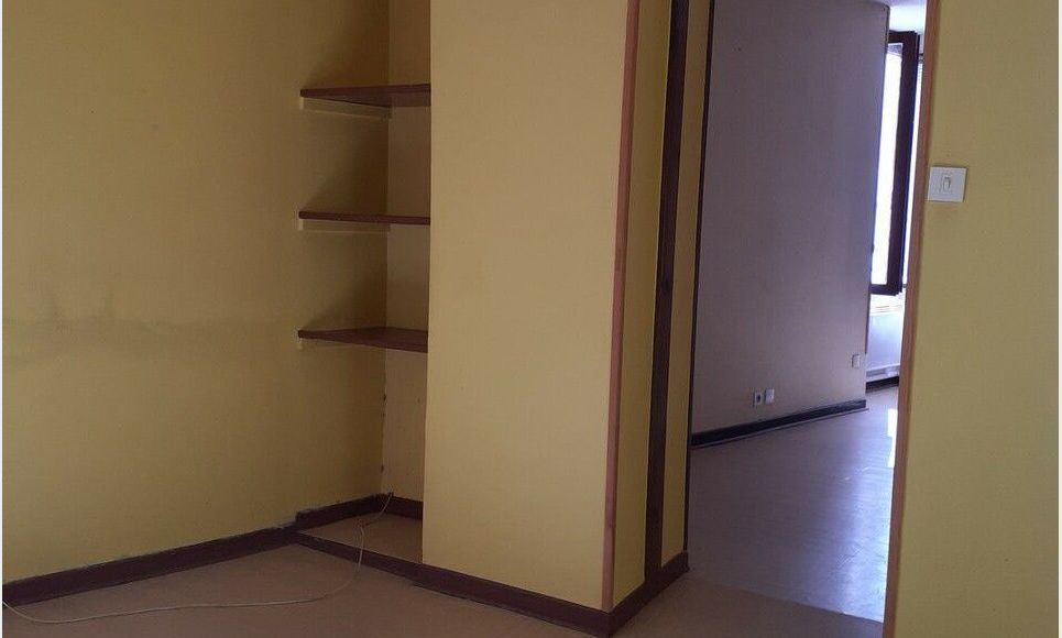 appartement 2 pieces - Rives : Photo 2